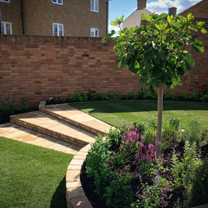 Curved Family garden