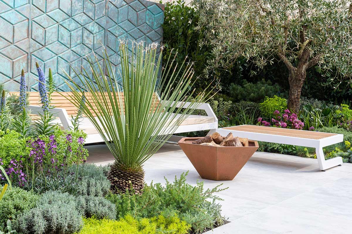 Custom garden screening and furniture