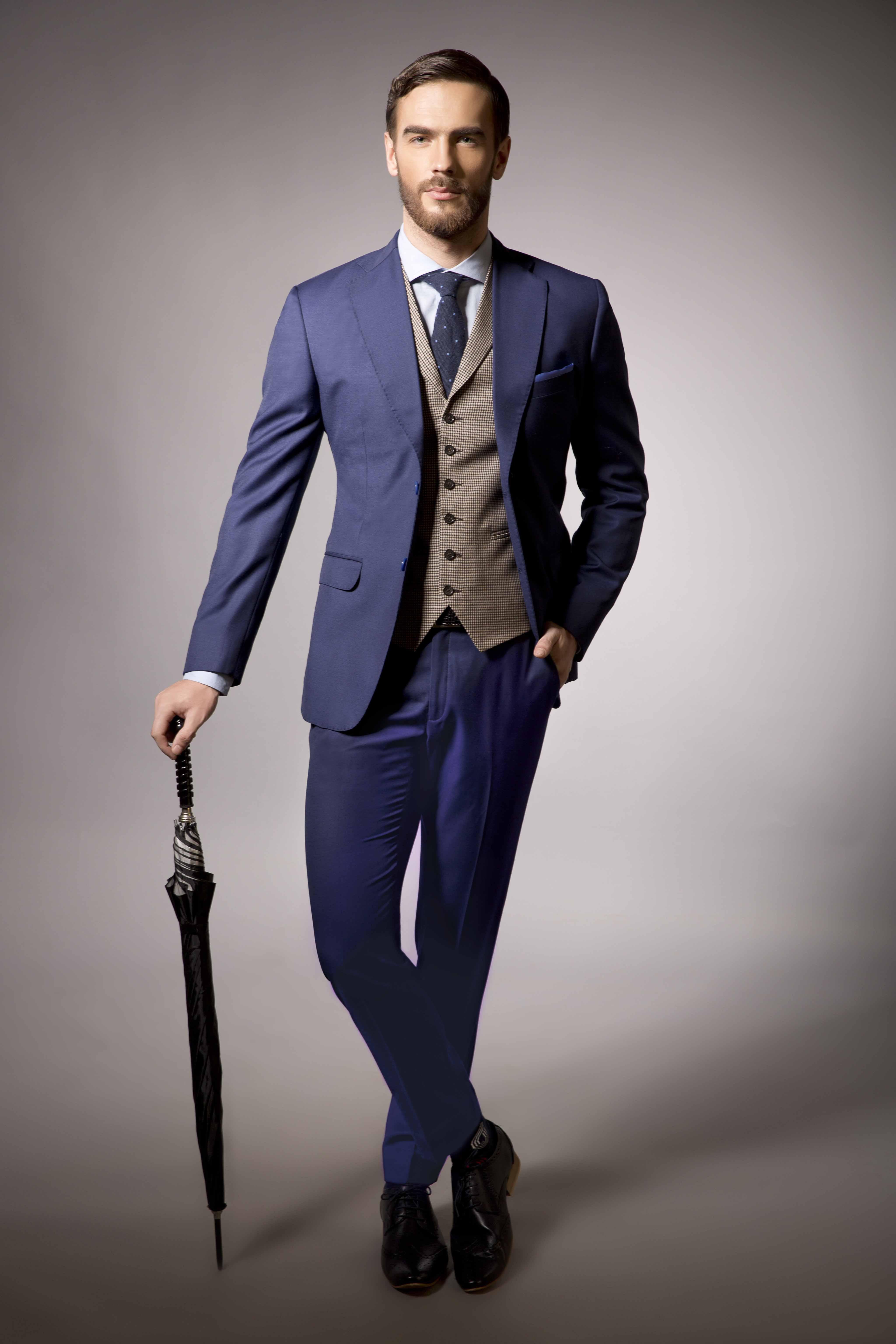 Must have formal suits in Men\u0027s Wardrobe
