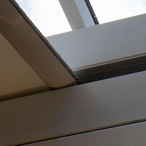 Skylight blind with hidden cords
