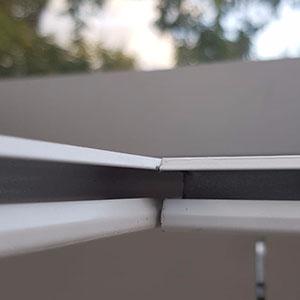 Perfect alignment in corner