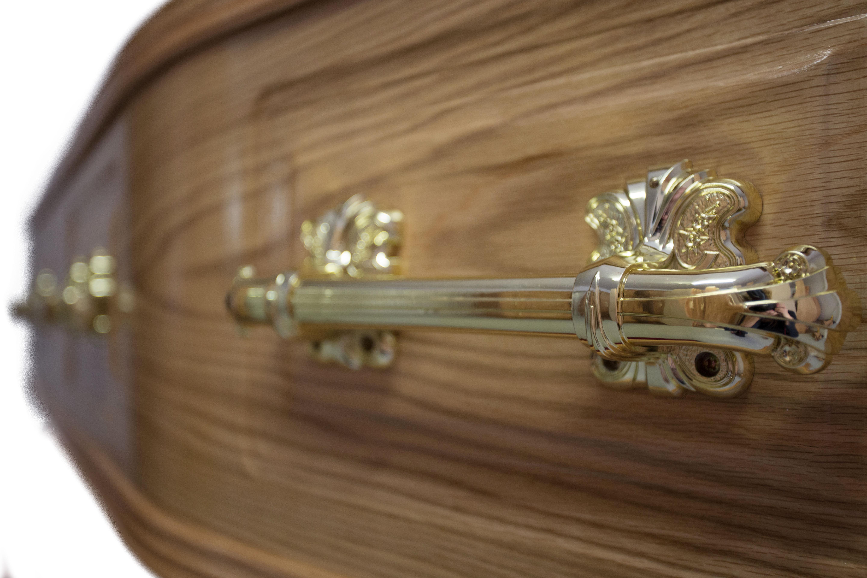 choosing a coffin or casket