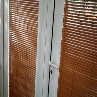 wooden finish venetian blinds in perfect fit frames