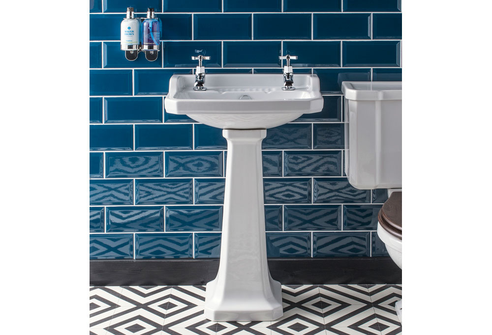 Chicago Basins: with Splash-back & Without. 3,2 & 1 Tap Hole Versions