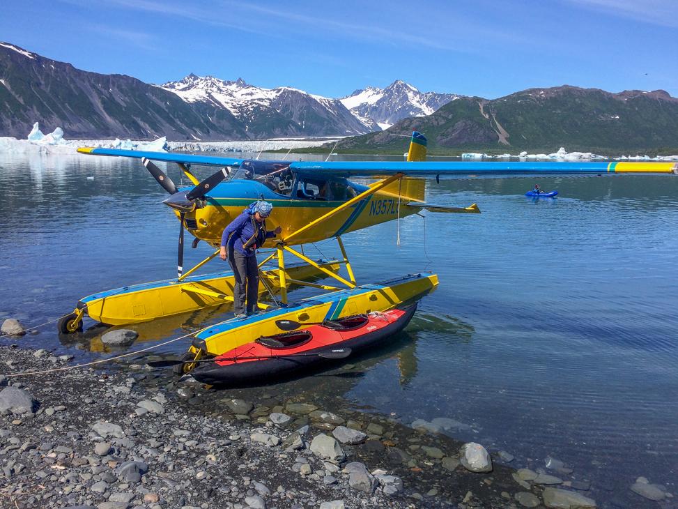 Jo get in kayak