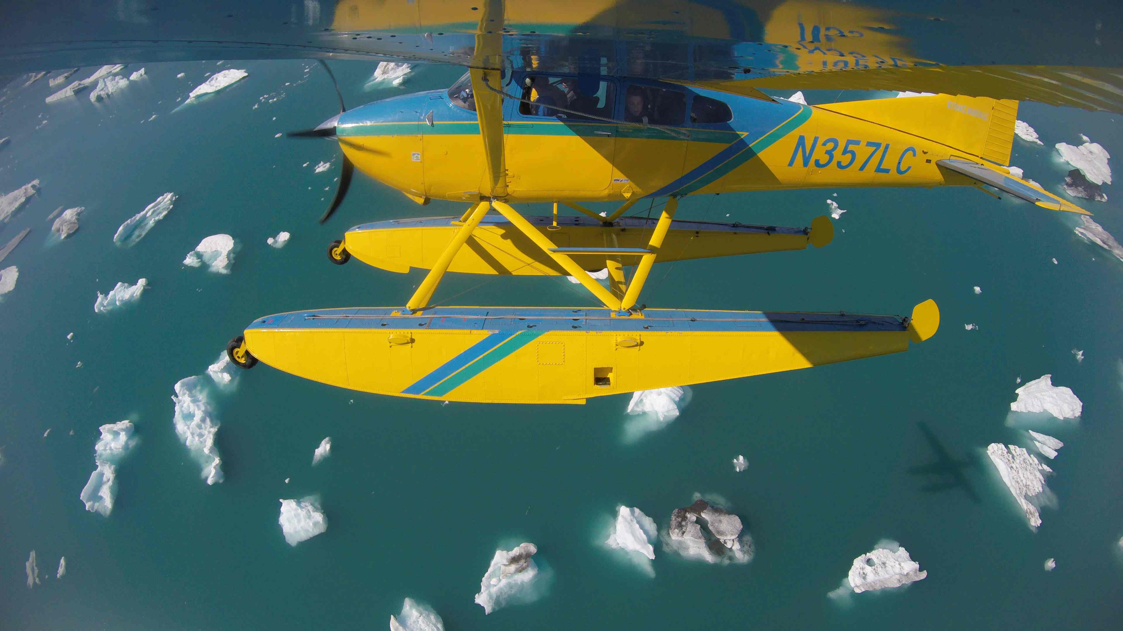 Gopro float plane over icebergs