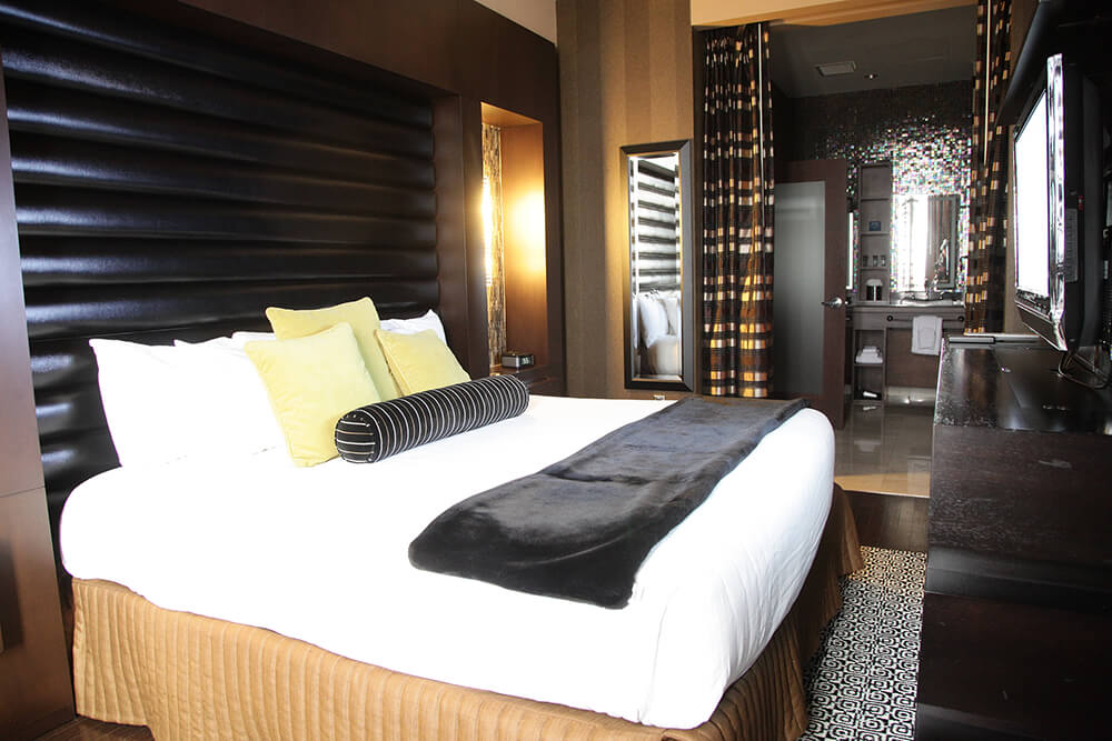 Located in three towers, The Hard Rock Hotel & Casino Tulsa offers 454 rooms including suites designed to feel very much like the green room of a star. (Photo: Marc Rains)