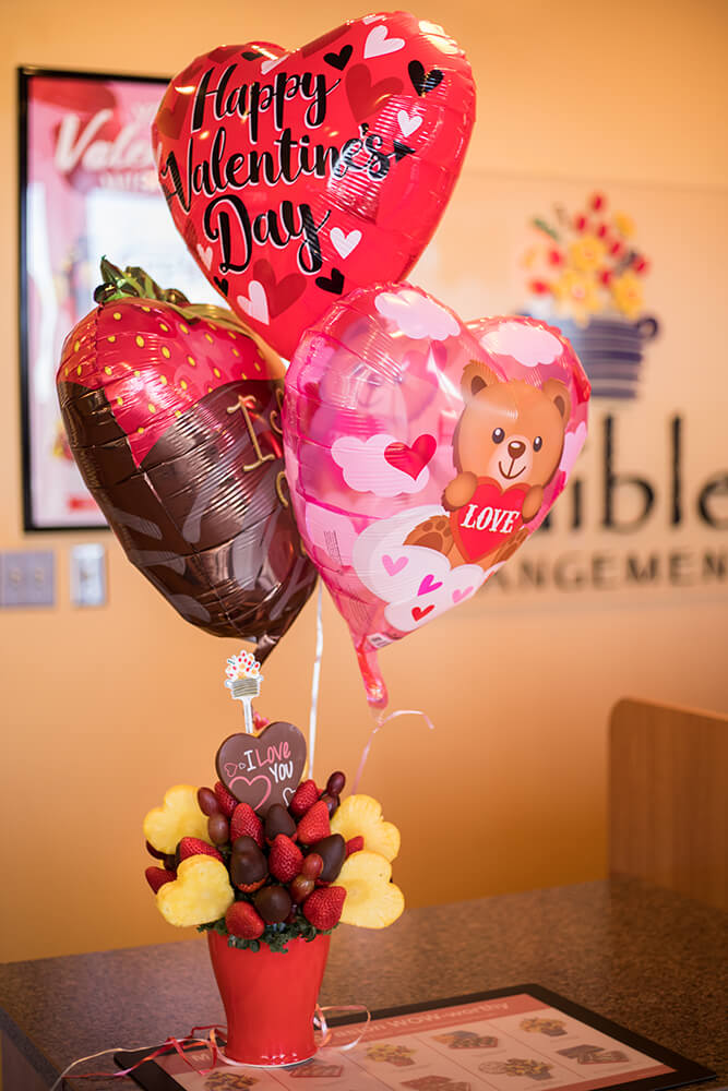 Customers can order arrangements made with just fresh fruit, or the fruit can be drizzled or dipped in chocolate, allowing for some striking displays that look as beautiful as they taste. (Photo: Valerie Grant)