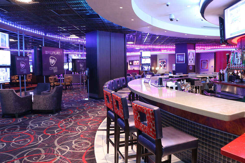 When you're in the mood to take your game night up a notch, swing over to Replay, the popular bar overlooking the casino floor at Hard Rock Hotel & Casino Tulsa.