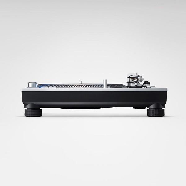 Technics announces black SL-1200GR