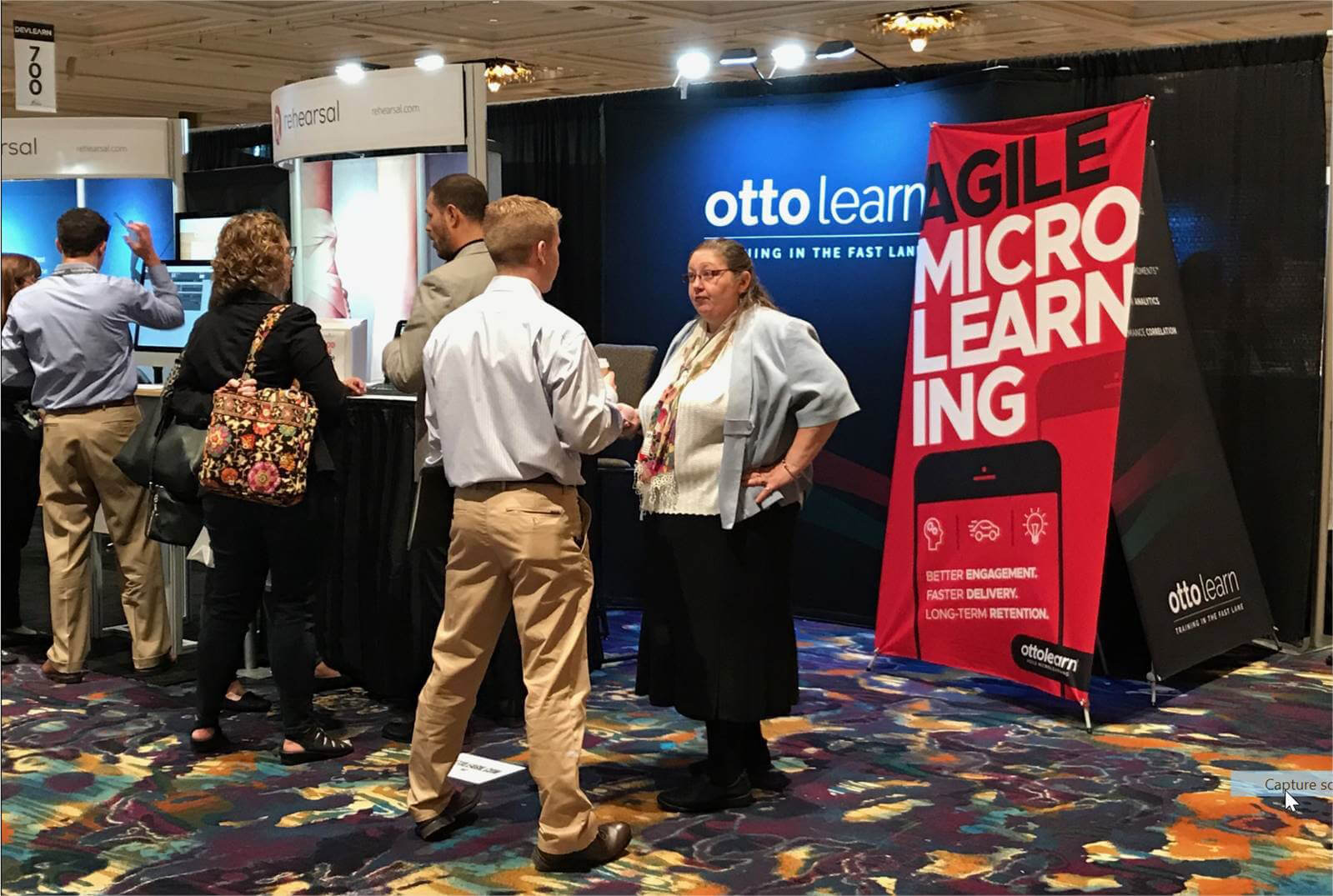 Otto booth - OttoLearn Microlearning