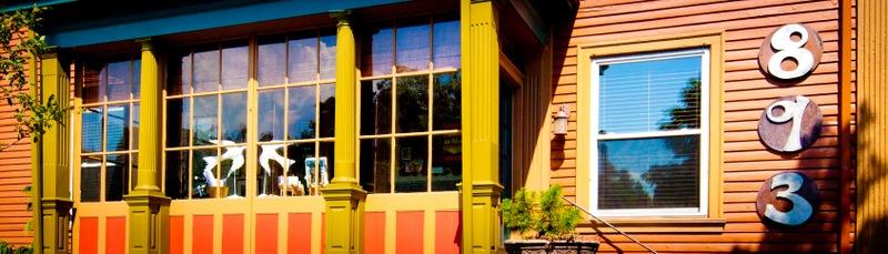 Elmwood Village Inn
