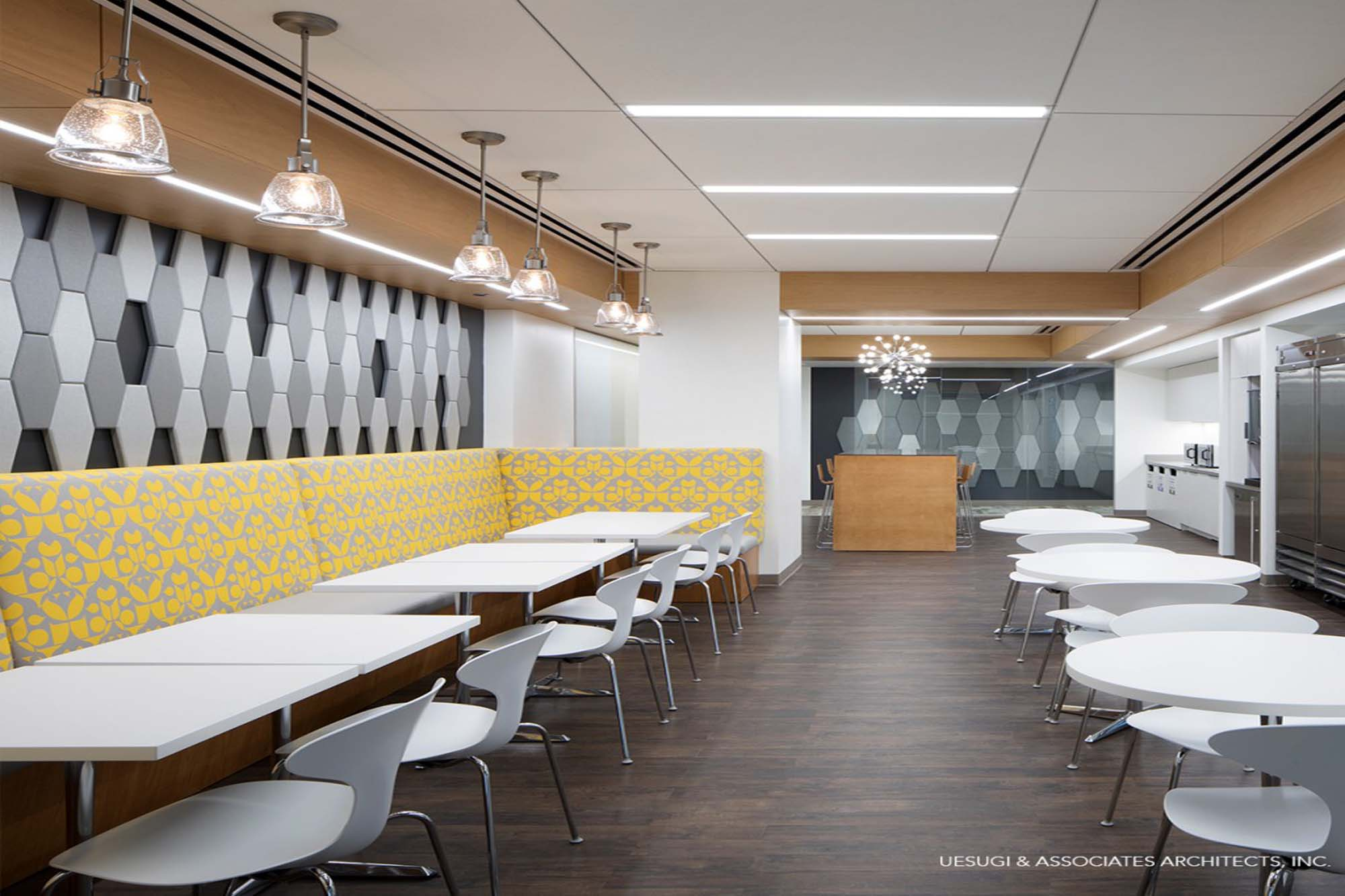 Today's open work environments demand flexible noise-reduction solutions.