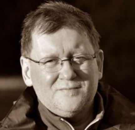 A photograph of Hungarian writer István Vörös