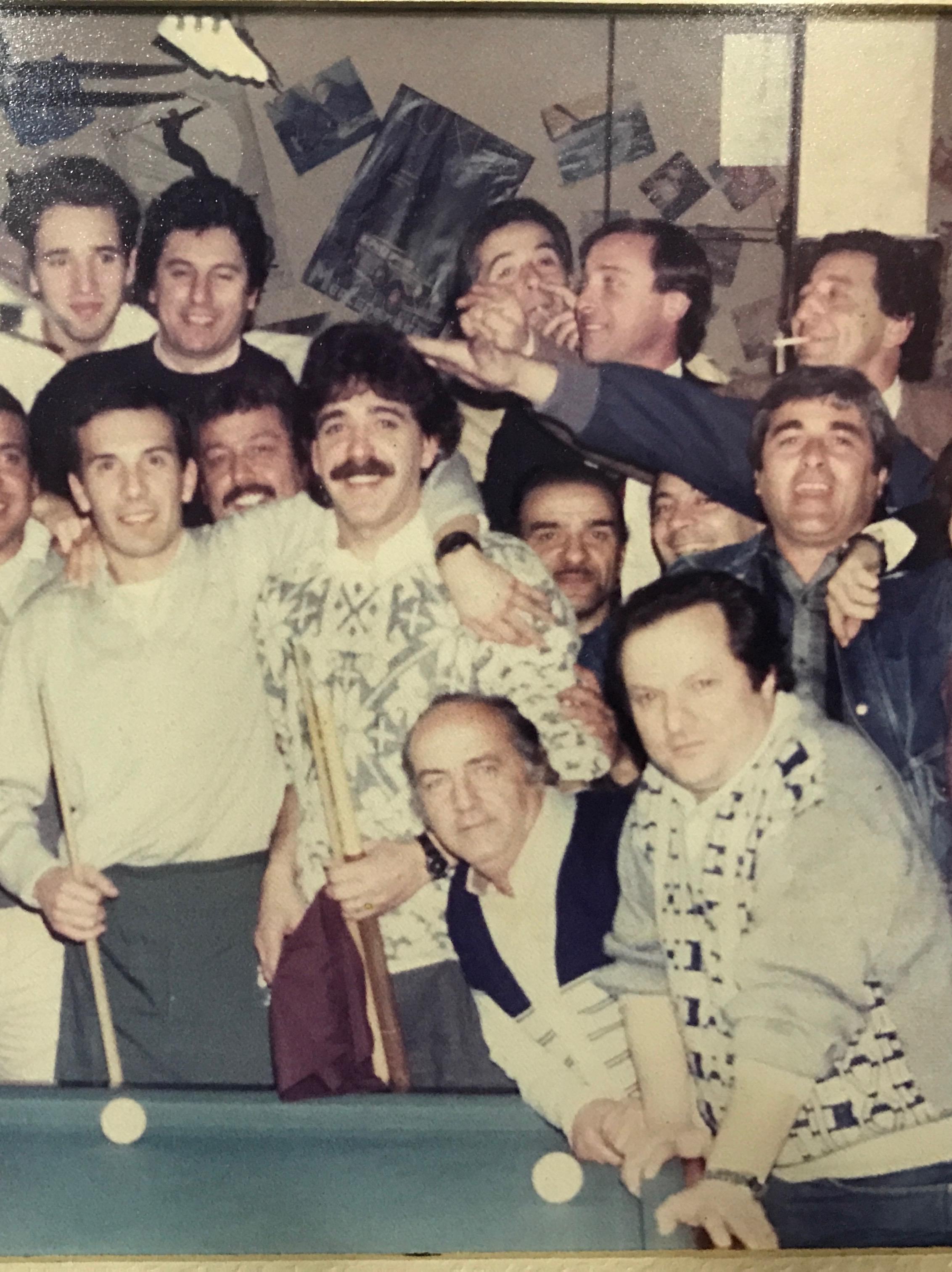 Old photo of the regulars at Café De Garcia.