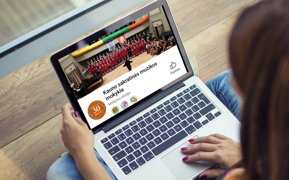 Mokyklos paskyra socialiniame tinkle Facebook