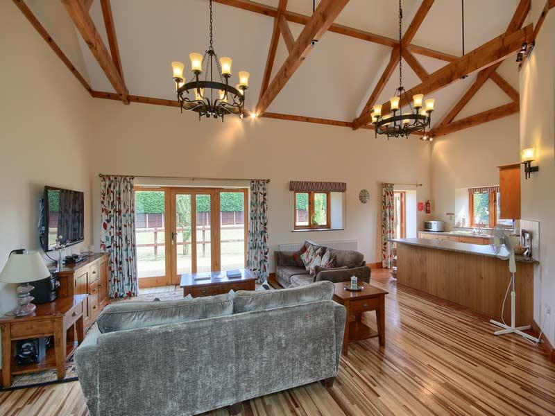 Matlhouse Farm Barns - Living Room Photo 2
