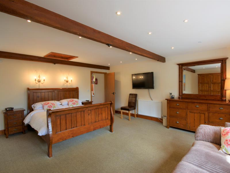 Double room with ensuite in the Hayshed Cottage