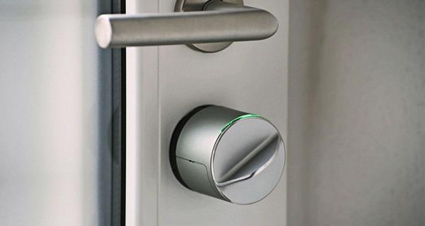 Gerdalock V3 Z-wave automatyczny zamek drzwi wejściowych montaż oraz konfiguracja