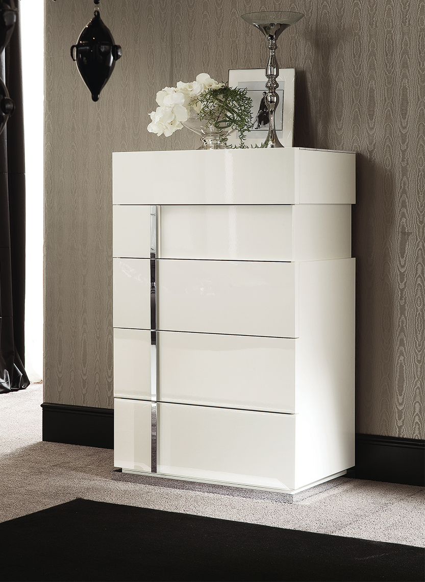 Canova Bedroom 5/DRW Chest