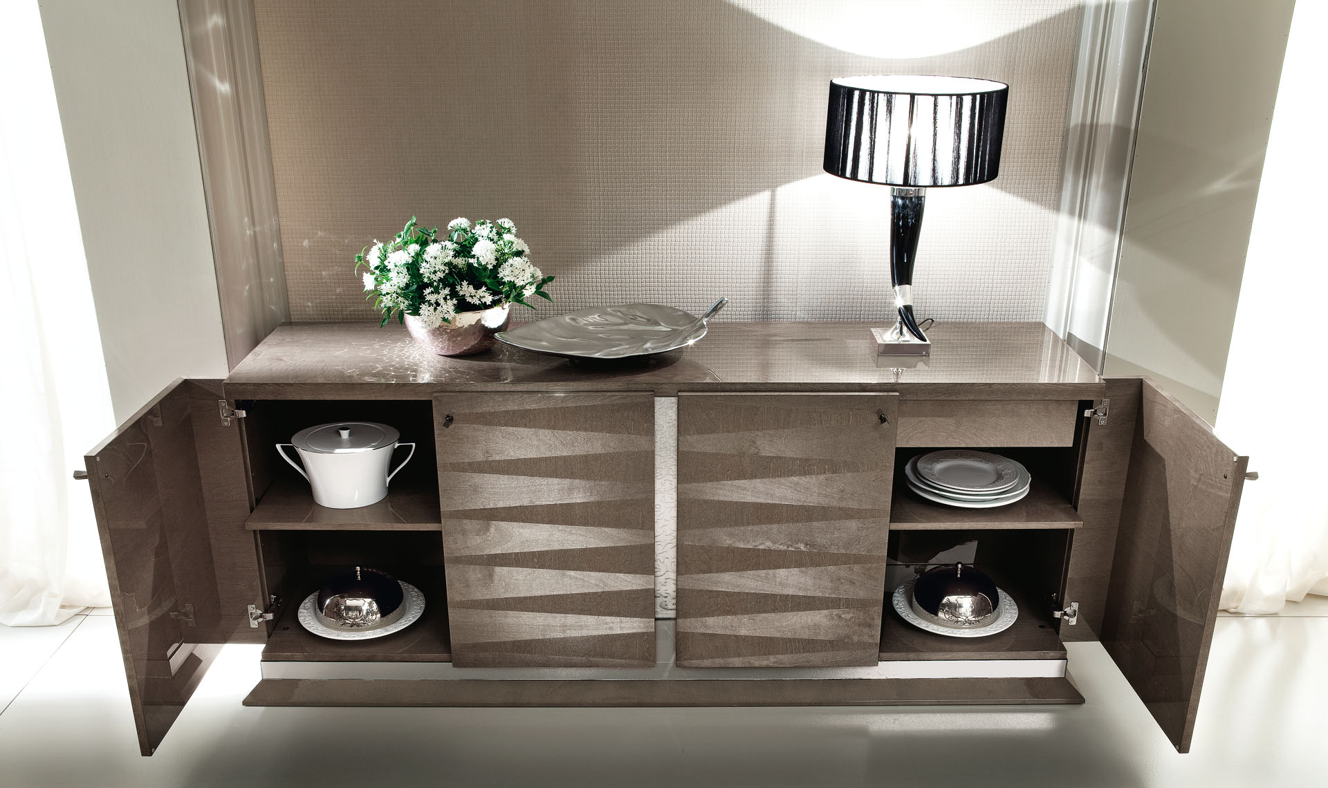 Monaco Dining Room 4/D Buffet Details 2