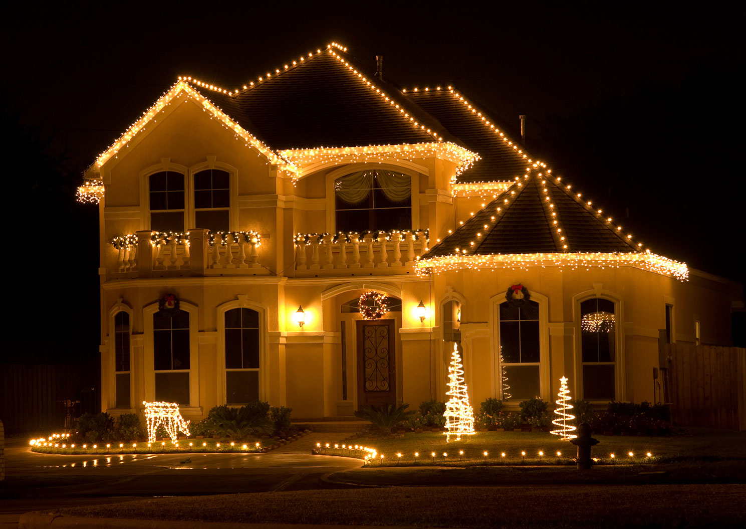 Professional Christmas light installation in Princeton, NJ