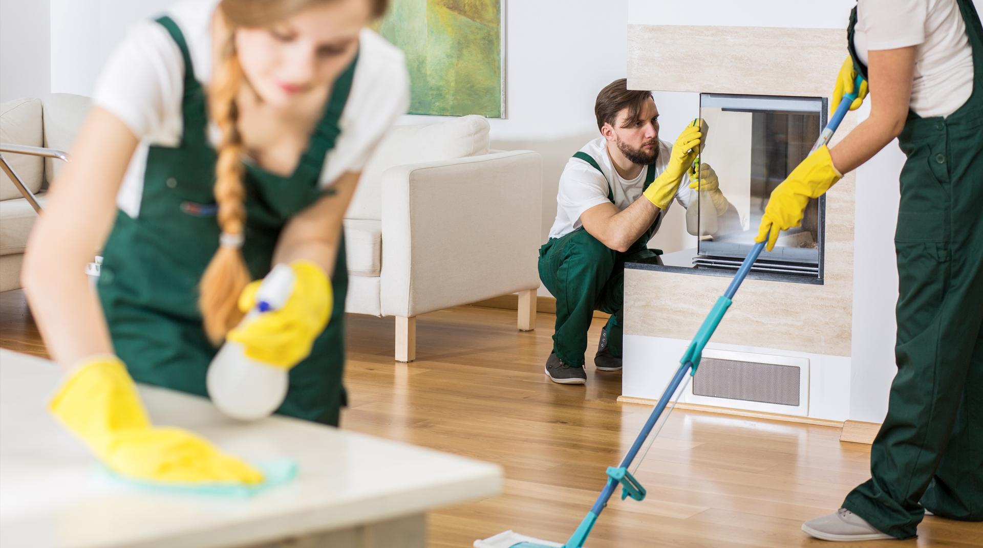 ¿Resolver la limpieza de manera interna o contratar un servicio externo?