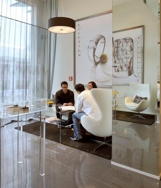 photo of Inside Remuera Jewellery store