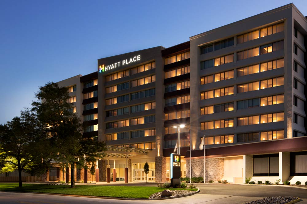 Architectural photography of the exterior of Hyatt Place Chicago O'Hare Hotel
