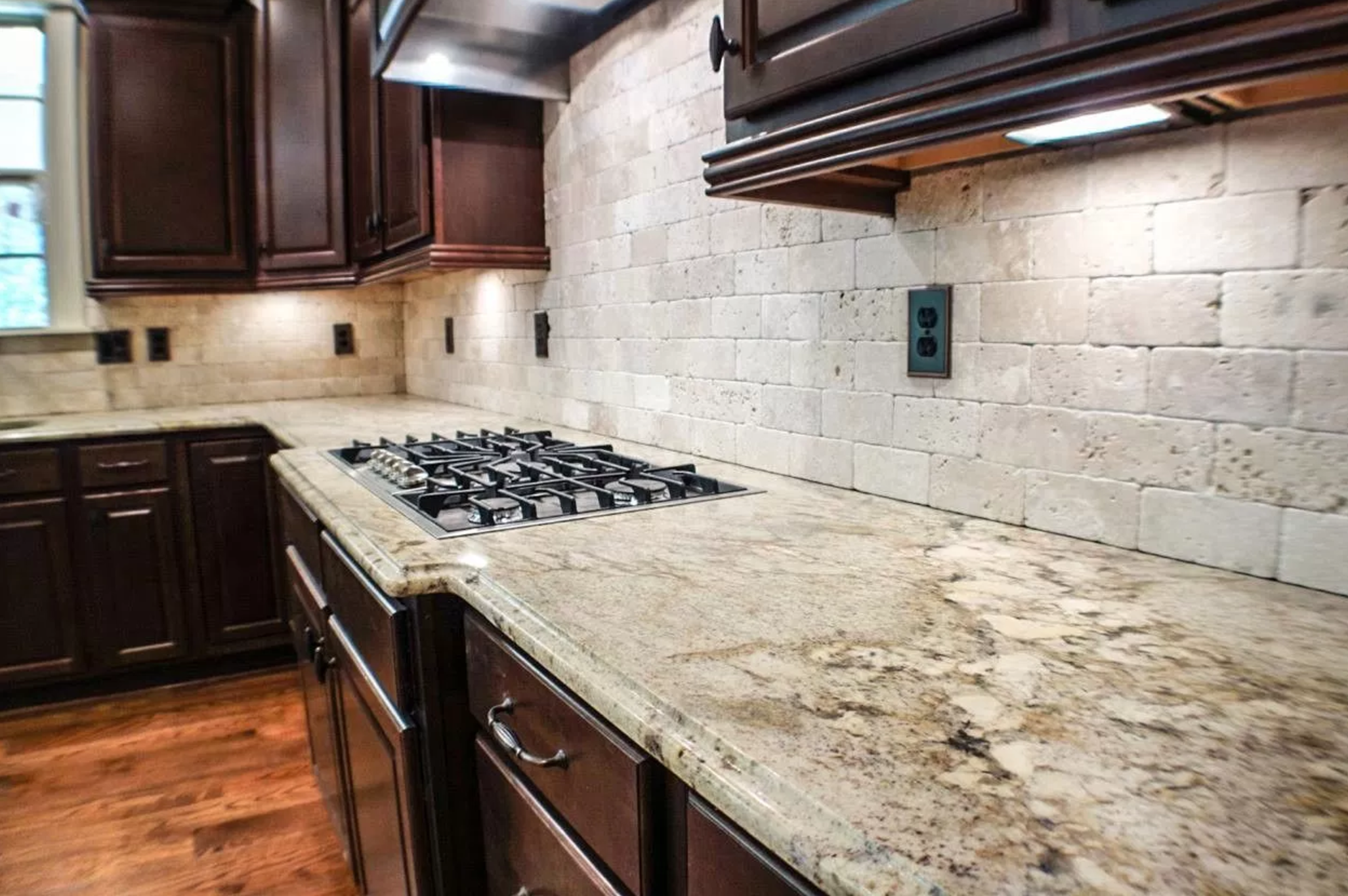 Granite Countertops Are Great For Kitchens Because They Are Heat Resistant  And Durable. Granite Comes In A Variety Of Colors And Patterns.