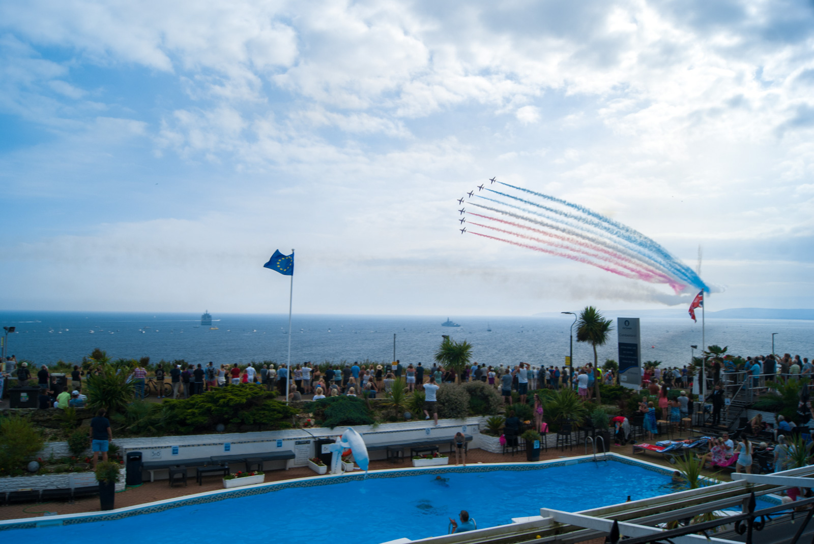 The Red Arrows over Cumberland Hotel Pool