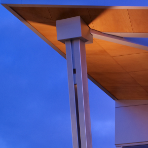 pillar supporting outdoor roof