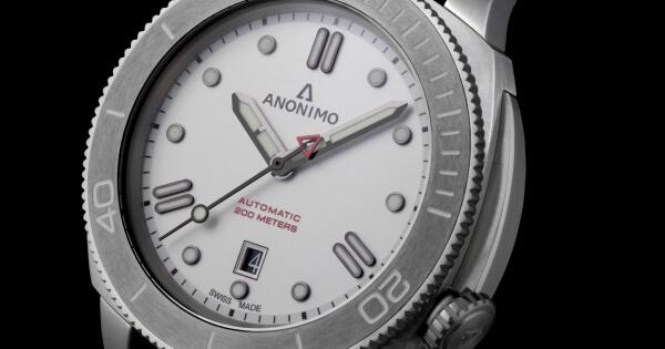 The New Anonimo Nautilo Bianco