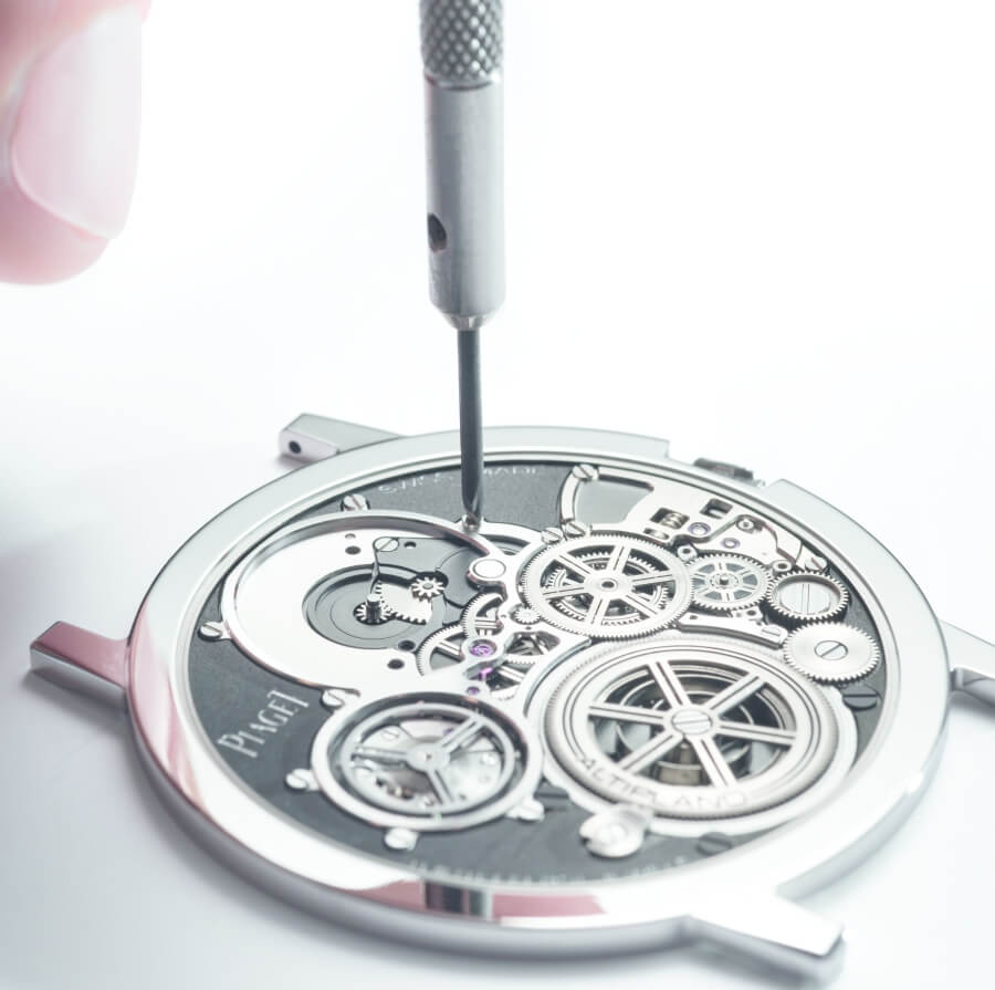 Assembly of the Piaget Altiplano Ultimate Concept