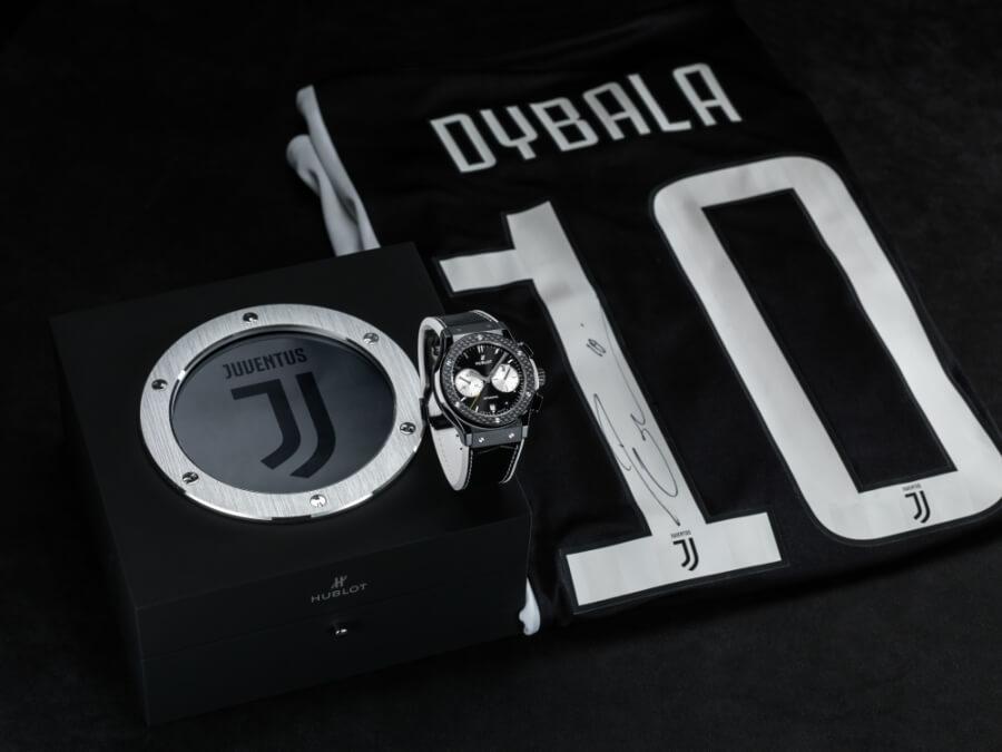 Dybala watch wearing