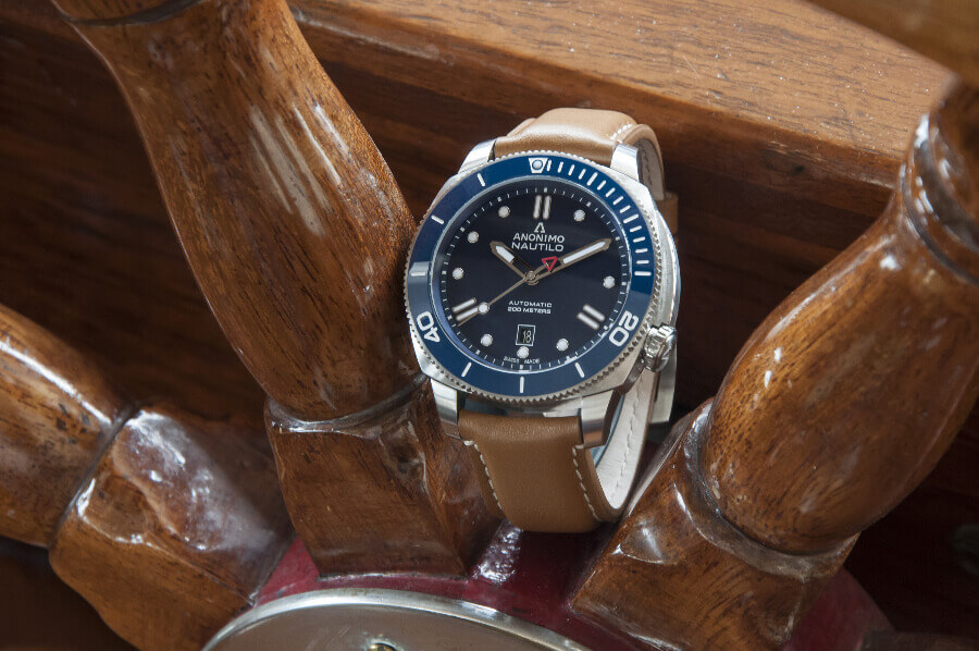 The New Anonimo Nautilo Blue Dial