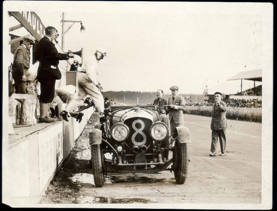 Bentley Boys Clement and Chassange changing over the 4 Litre at Le Mans 1929