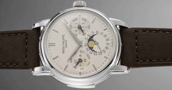 Breaking News: A Patek Philippe Ref. 3974 In Platinum Sold For $1,027,234