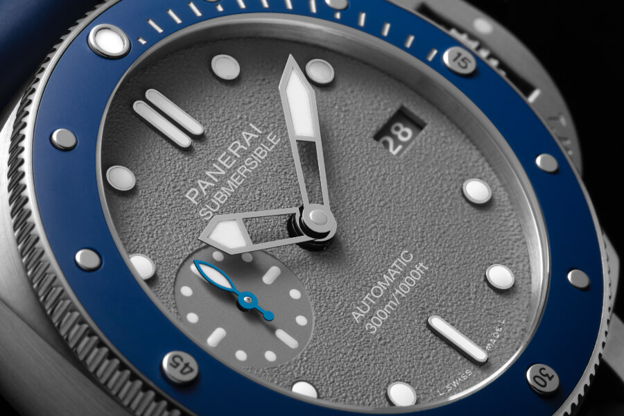 The New Panerai Submersible 42mm