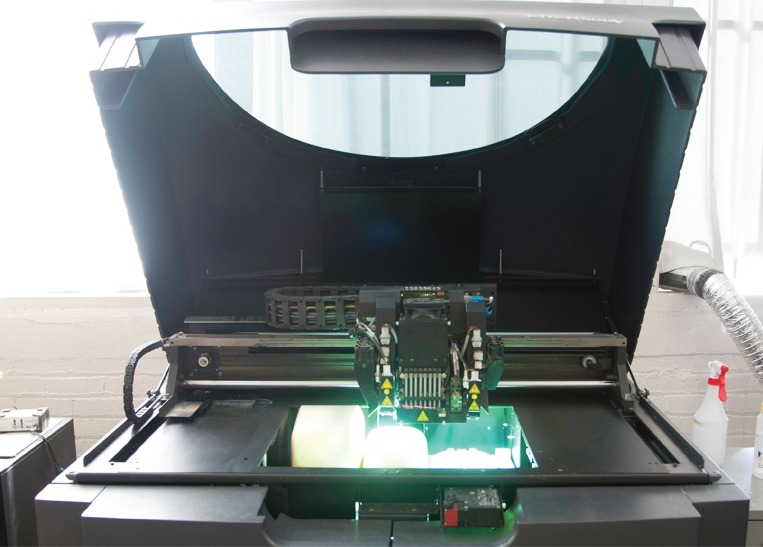 Professional-grade 3D printing machine 3D printing service
