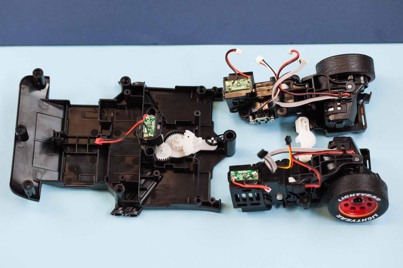 gears inside Sphero ultimate lightning mcqueen race car robotic toy