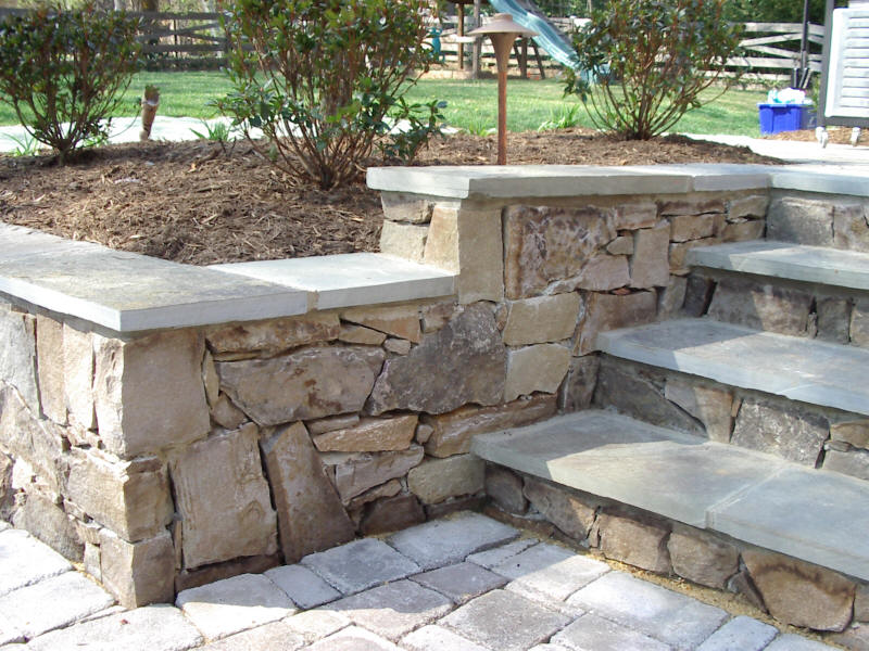 Flagstone Retaining Walls