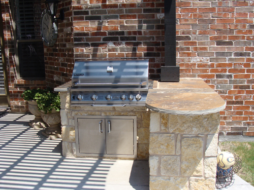 Chopped Stone Outdoor Kitchen