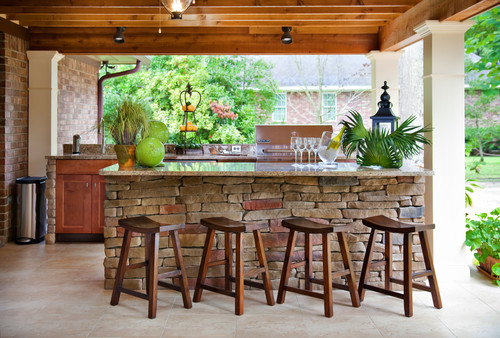 Outdoor Bar & Stools
