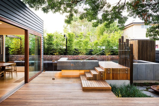 Contemporary Landscaping Design in San Antonio