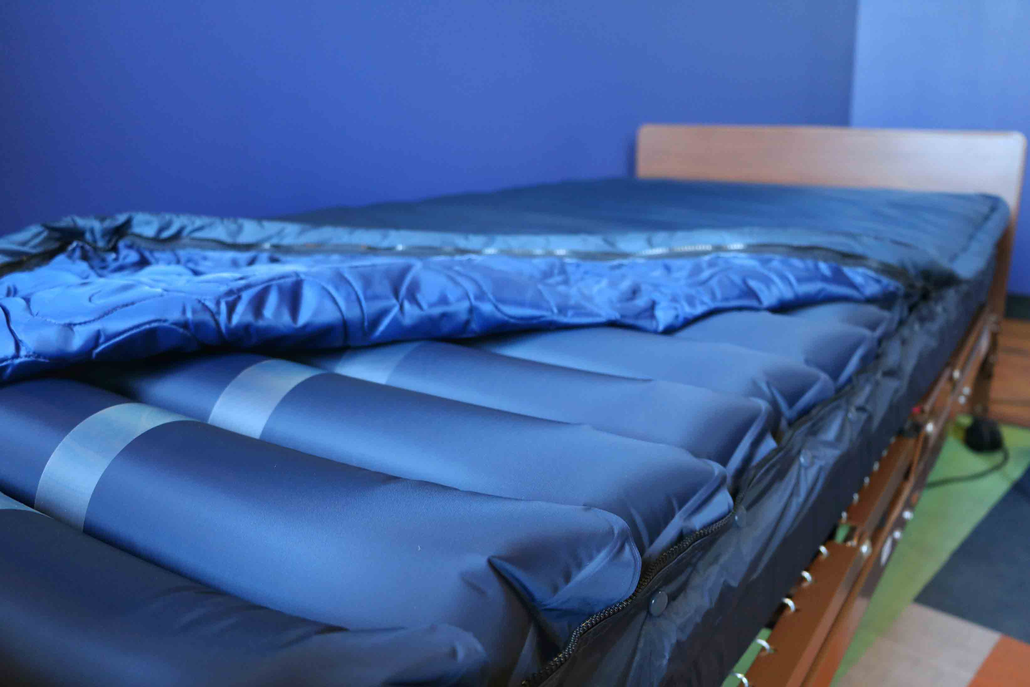 How A Low Air Loss Mattress Can Help Keep Patients Wound