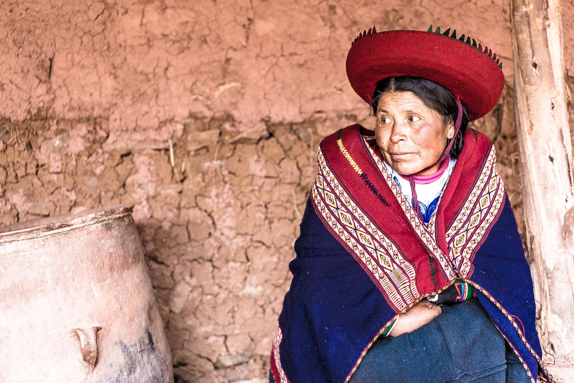 Peru Woman Alpaca Yarn
