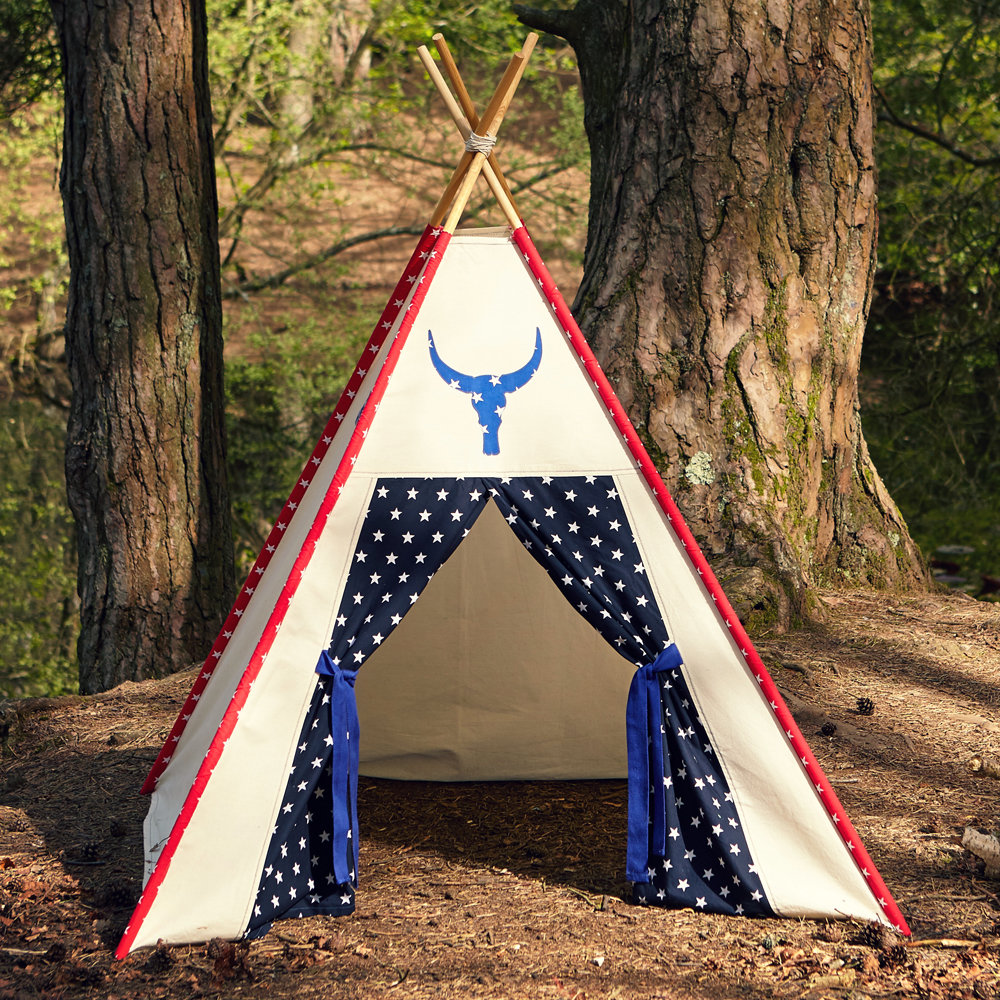 Bear in the Hood - The Very Easy Teepee Sewing Pattern