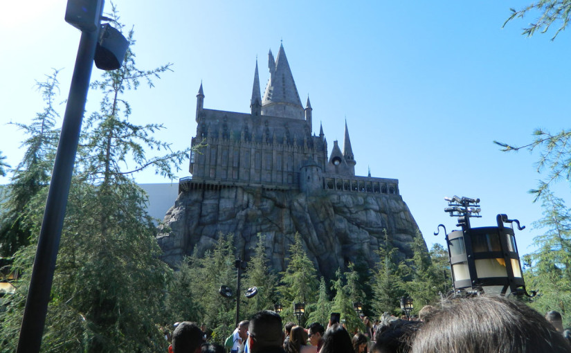 photo of outside of harry potter at universal