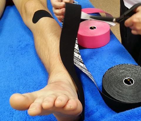 Kinesis Sports Therapy - sport therapist massage image